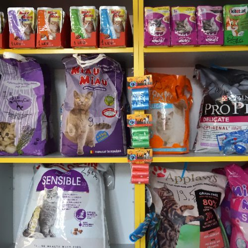 Pet shop si punct farmaceutic sector 4